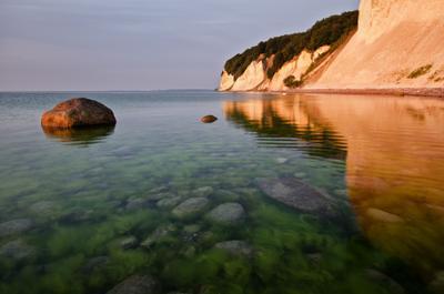 Первый свет рюген балтика германия утро тишина национальный парк jasmund пейзаж