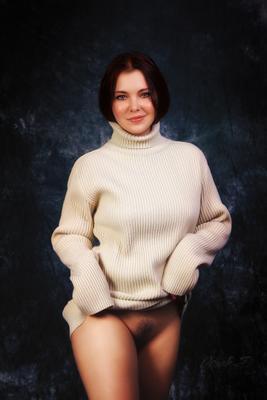 *** девушка свитер bottomless