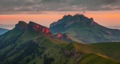 Рассветы Тхачей Западный кавказ тхач рассвет лето