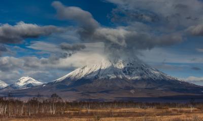 ***ждём лето Камчатка вулкан пейзаж