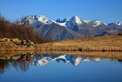Озеро Зеркальное. осень горы озеро