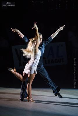 *** спортивные бальные танцы
