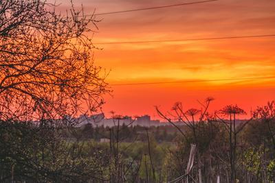 Burned city sunset sky colors landscape red nature природа пейзаж закат краски