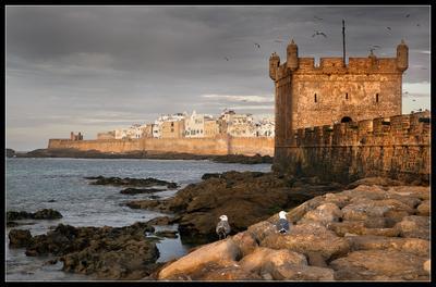 Стражники форта... Марокко, Эс-Сувейра,  форт ,город