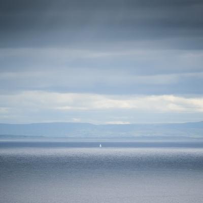 Белеет парус одинокий... парус море яхта океан небо