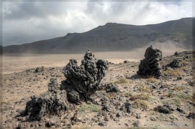 Лавовые останцы камчатка вулкан кальдера кекуры останцы шлак пыль