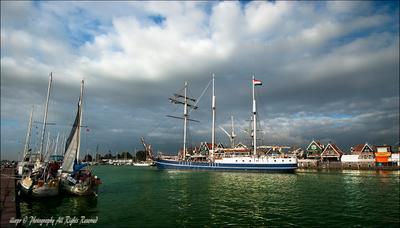 В порту Голландия яхты
