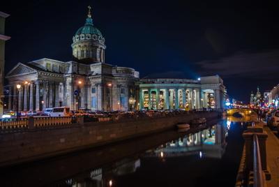 Казанский собор. Вид с канала Грибоедова