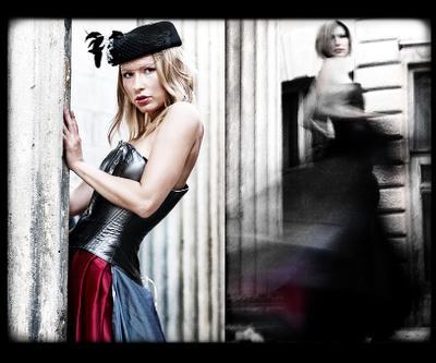 PureSuit девушка ретро блондинка платье побег