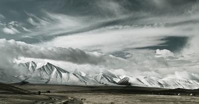 Безумство ночных кошмаров Облака Монголия