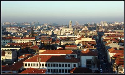 Вид из окна отеля... отель Лиссабон Португалия февраль 2011