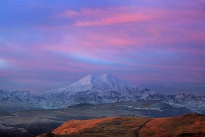 Рассвет над Эльбрусом. Кавказ Эльбрус