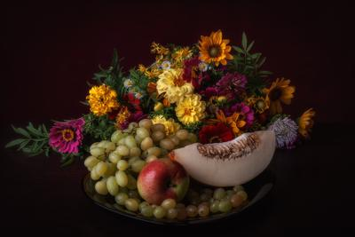 Цветы и фрукты. натюрморт лето цветы фрукты