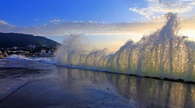 Прозрачн Море