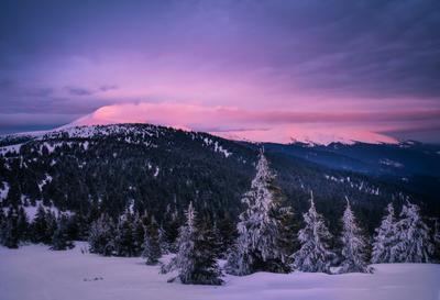 Черногорский хребет зимой горы закат пейзаж