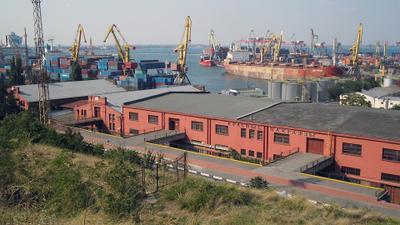 Акватория 1173 порт море красные пакгаузы