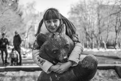 Катя и медведь Первомайский сквер
