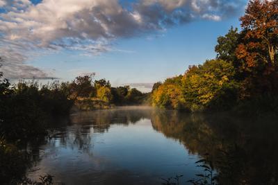 Река Иж река утро туман облака деревья небо