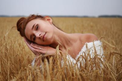 *** модель девушка фотосессия молодость красота пшеница