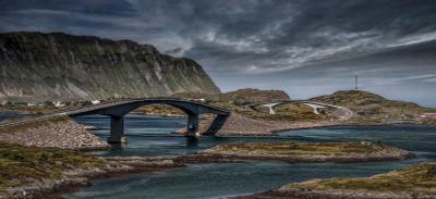 через мостик Лофотен lofoten Norway ночь дорога мост