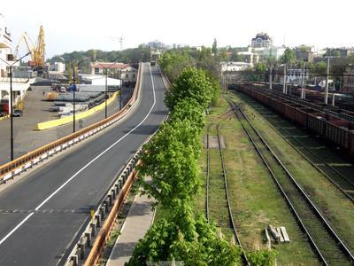 Пути, дороги... порт эстакада вагоны железная дорога краны каштаны