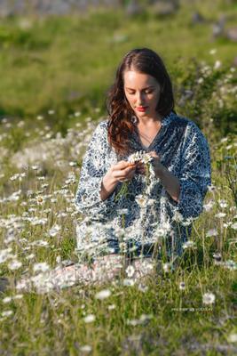Ох уж эти ромашки .... девушка ромашки портрет венок поле природа