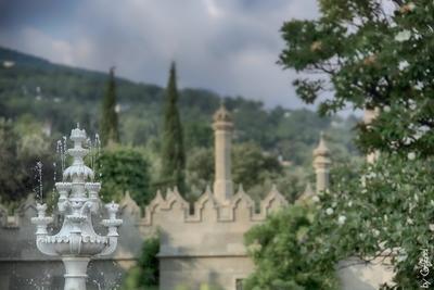 Отдых для глаз фонтанн лето природа замок зАмок небо вода деревья CatSteel