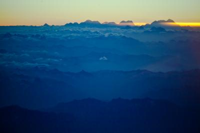 Тибет. небо облака маршрут Тибет восьмитысячник Гималаи вершины