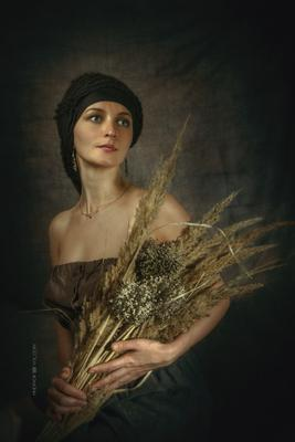 Крестьянка девушка портрет колосья трава