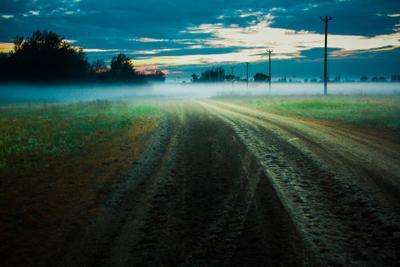 После дождя Дорога после дождя небо туман природа