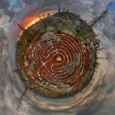 Другое измерение Карелия Воттоваара закат лес дерево камни лабиринт