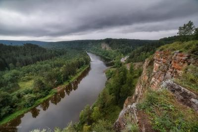 река Юрюзань, Башкирия. Вечер перед дождем.