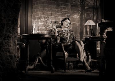 Портрет в стиле Ретро2 ретро, портрет, интерьер, кафе, женщина, курильщица