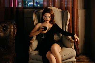 Вино девушка nikon будуар вино грудь