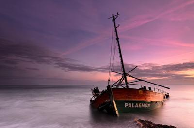 PALAEMON баркас кораблекрушение море балтика пейзаж