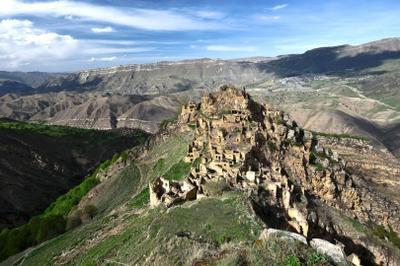 *** город в горах горы старый заброшенный Гамсутль Дагестан
