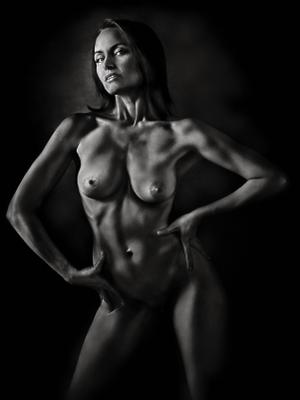 Brutal Nude.... портрет эротика ню девушка
