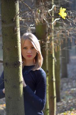 *** девушка осень лес портрет
