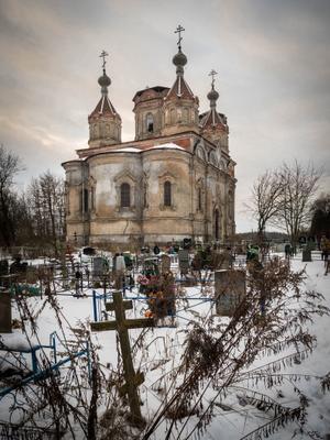 Церковь Святой Троицы в деревне Иссад