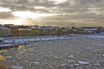 ледяная река Петербург, Нева, лед