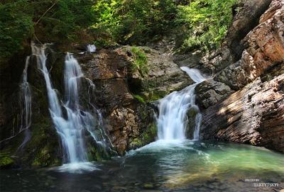 шёпот воды водопад вода