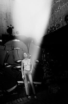 Eve (Loft) woman girls lights shadows nude summer sun loft black and white