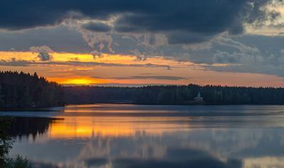 Тихий вечер на Рощинском озере
