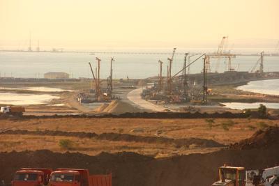 Строительство крымского моста Тамань Крым мост стройка