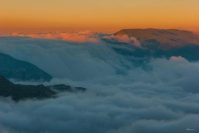 Облачный водопад закат облака небо река небеса вечер деревня горы