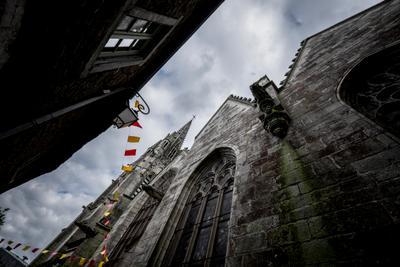 Франция, Бретань. Собор средневекового города Жослин.