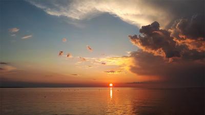 Дня последние мгновения Вечер закат море