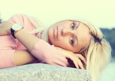 Илона Девушка блондинка портрет