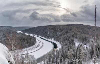 Река Чусовая зима снег пейзаж природа туризм Пермский_край Урал Чусовая панорама река скала