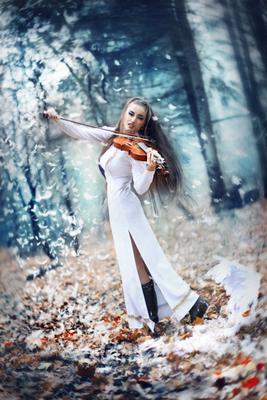 Смфония №2 музыка девушка ангел крылья осень дым цветы симфония лес холодно скрипка